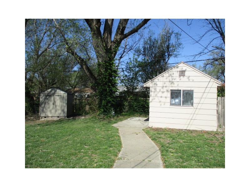 2113 Green Acres St, Wichita, Kansas