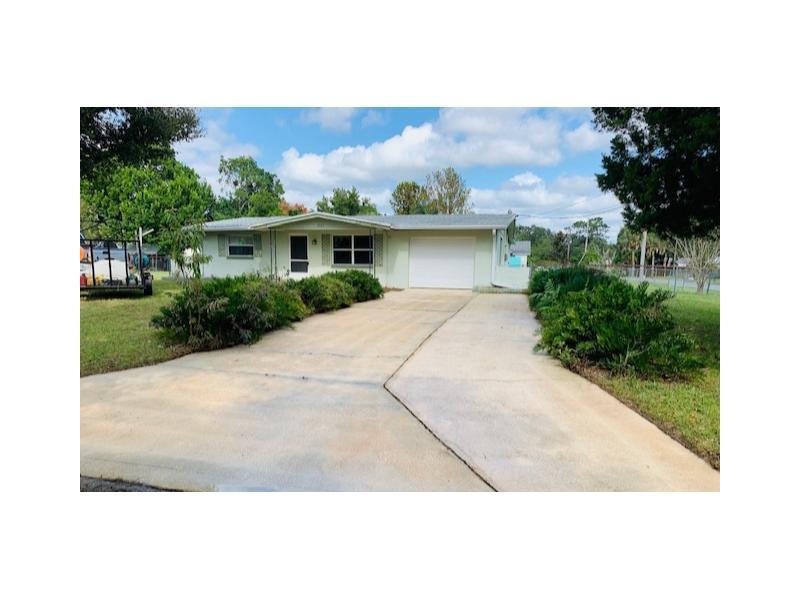 9045 Wisteria Lane, Crystal River, Florida