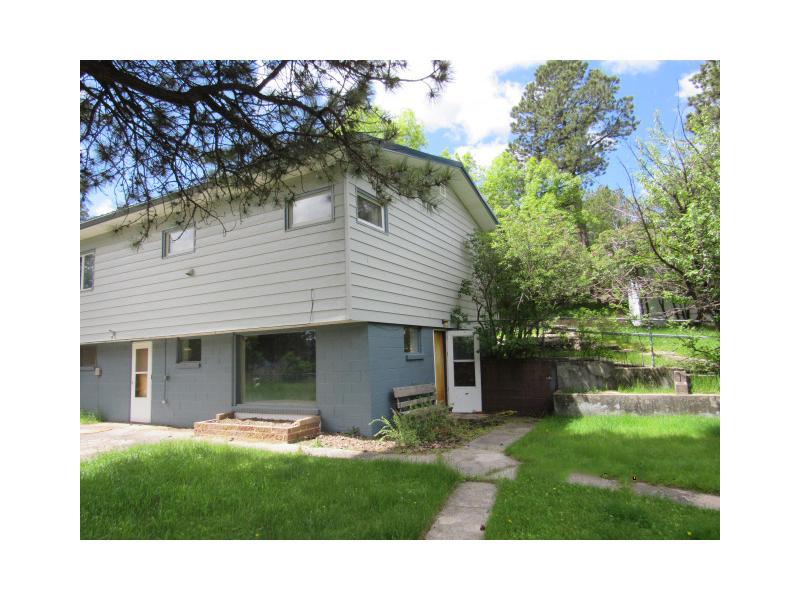 529 Liesenger Lane, Custer, South Dakota