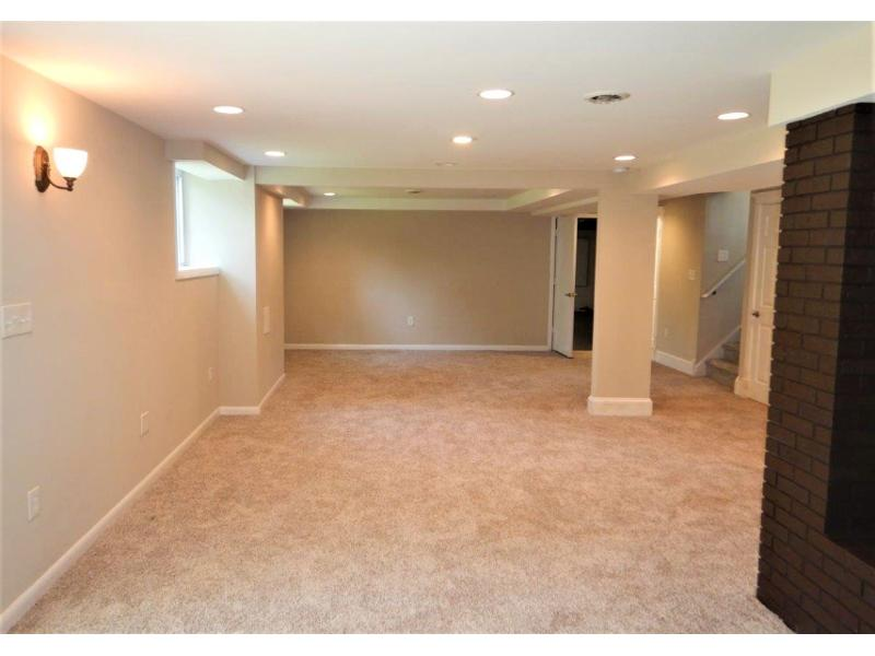 2810 Divine Ave, Woodbury, New Jersey
