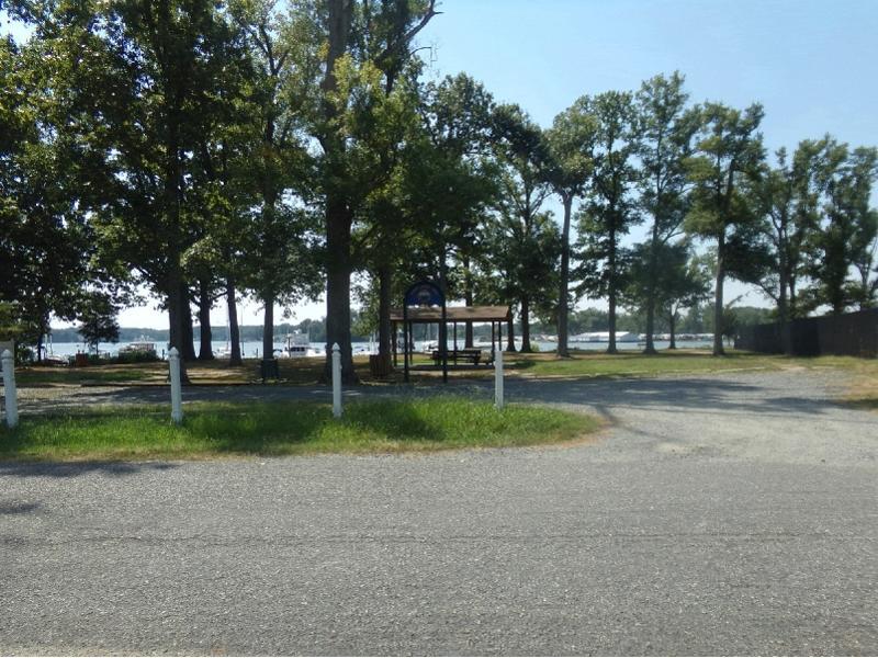 802 Robin Grove Lane, Colonial Beach, Virginia