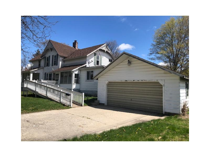527 W Lincoln St, Caro, Michigan