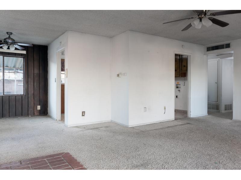 44947 Foxton Avenue, Lancaster, California