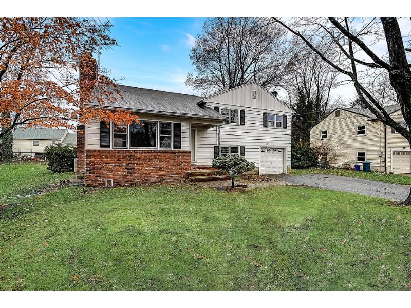 193 Rutledge Ct, North Plainfield, New Jersey