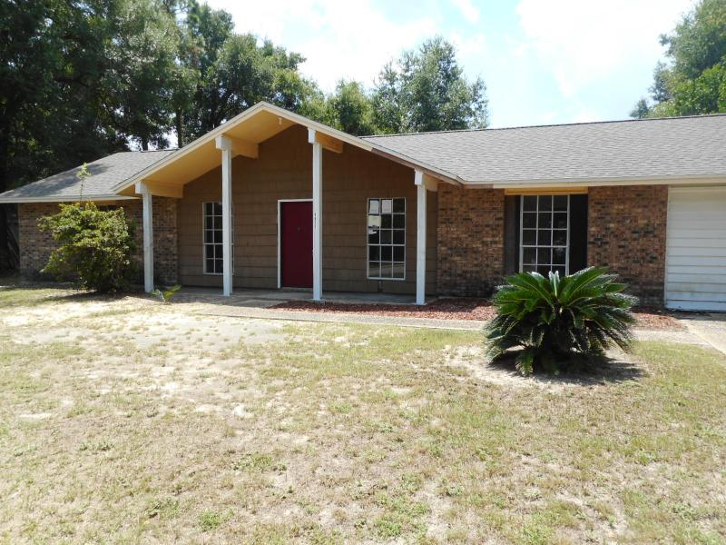 4811 Livingston Dr, Pensacola, Florida