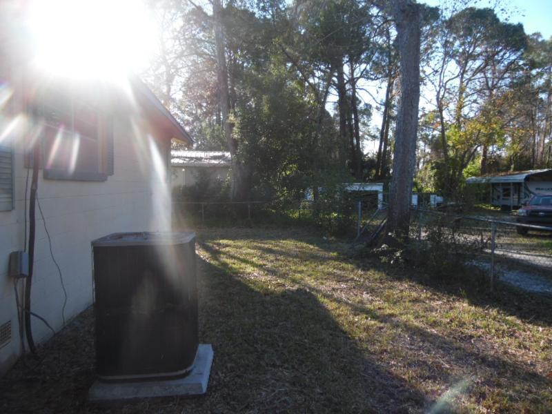 39 Bull St, Eastpoint, Florida