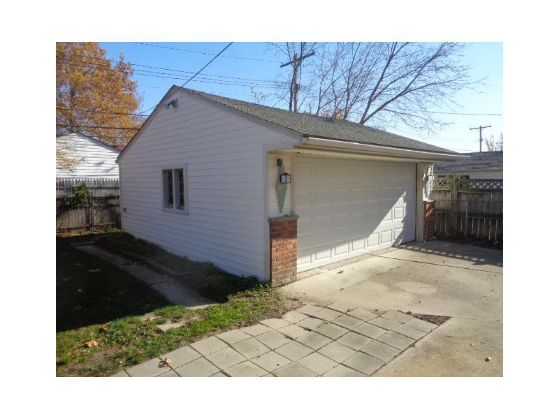 7464 Amboy Street, Dearborn Heights, Michigan
