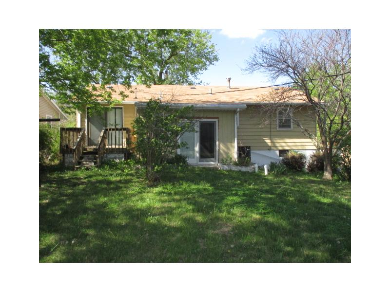 1013 Cottonwood St, Junction City, Kansas