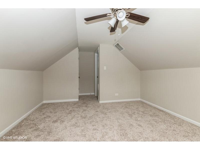 11605 S Knox Avenue, Alsip, Illinois