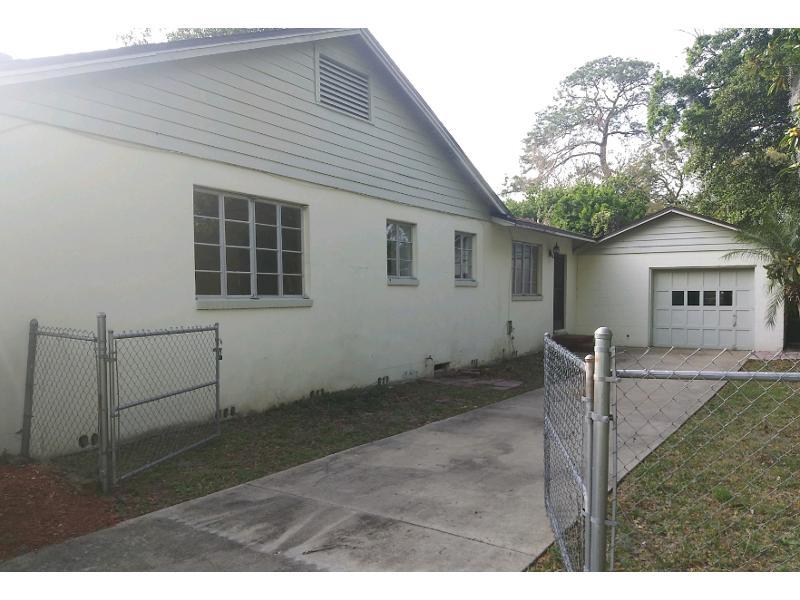 5205 Magnolia Circle N, Jacksonville, Florida