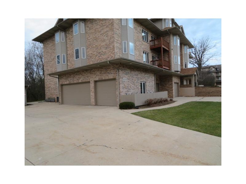 3125 Woodland Dr, Zion, Illinois