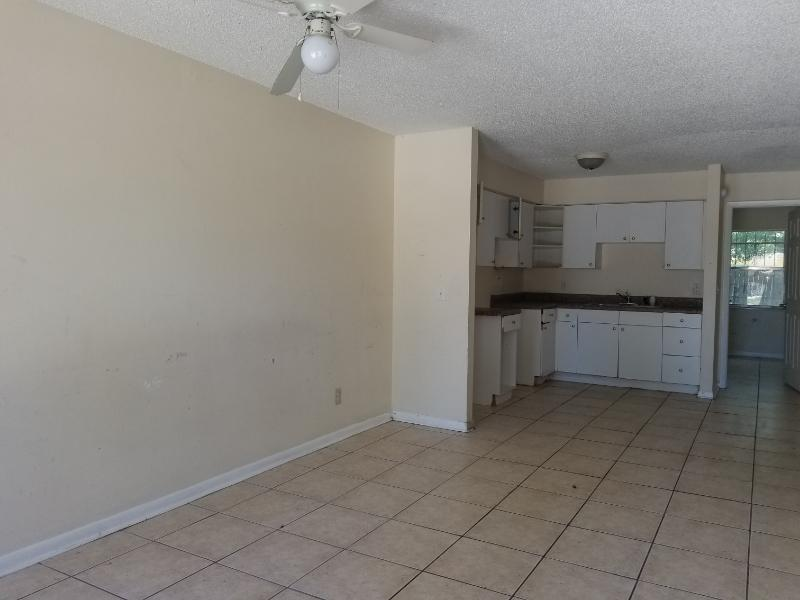 1409 E 109th Ave, Tampa, Florida