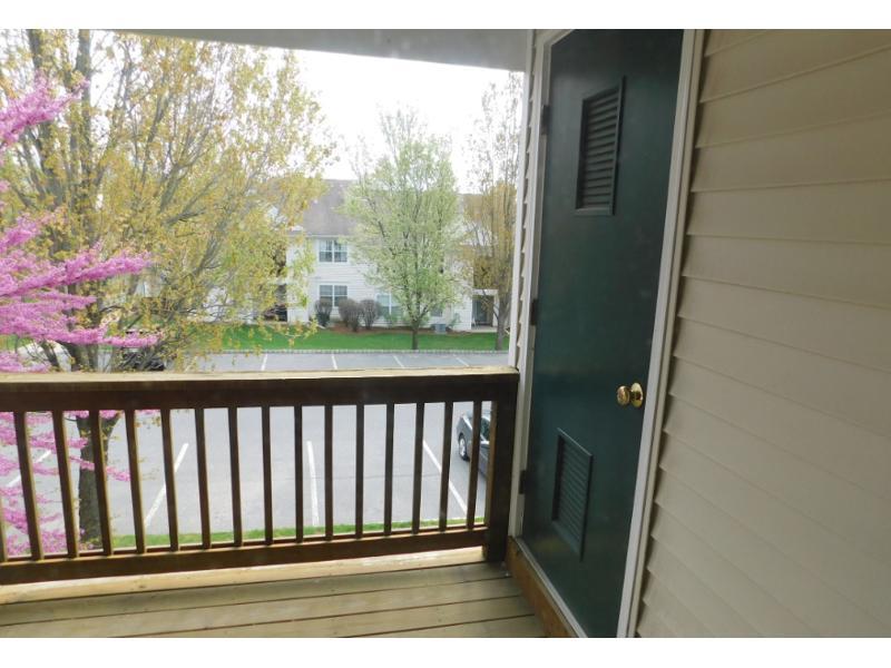48 Overlook Dr, Stewartsville, New Jersey