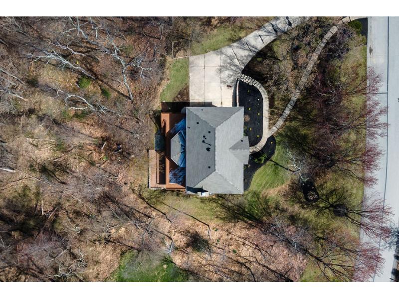 102 Canvasback Rd, Pittsburgh, Pennsylvania