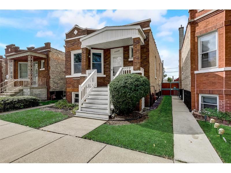 3224 S Avers Ave, Chicago, Illinois