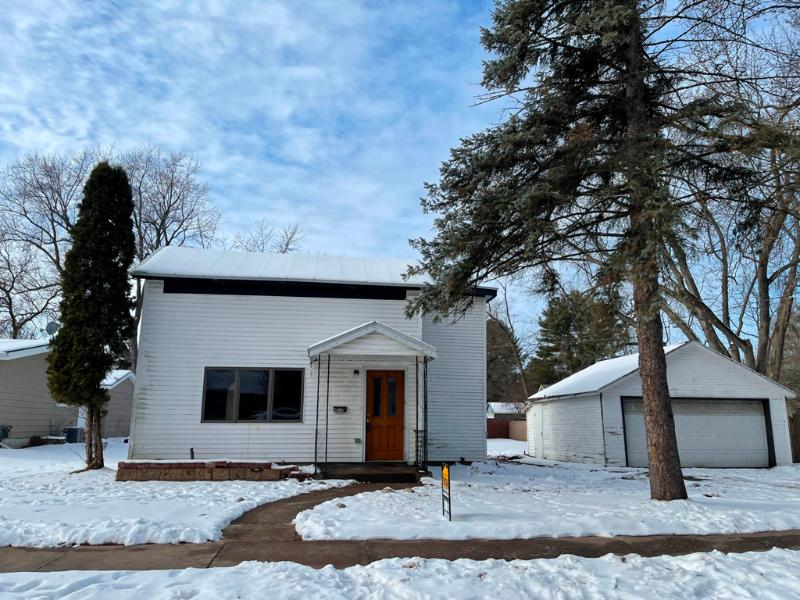 413 Scott St, Waupaca, Wisconsin