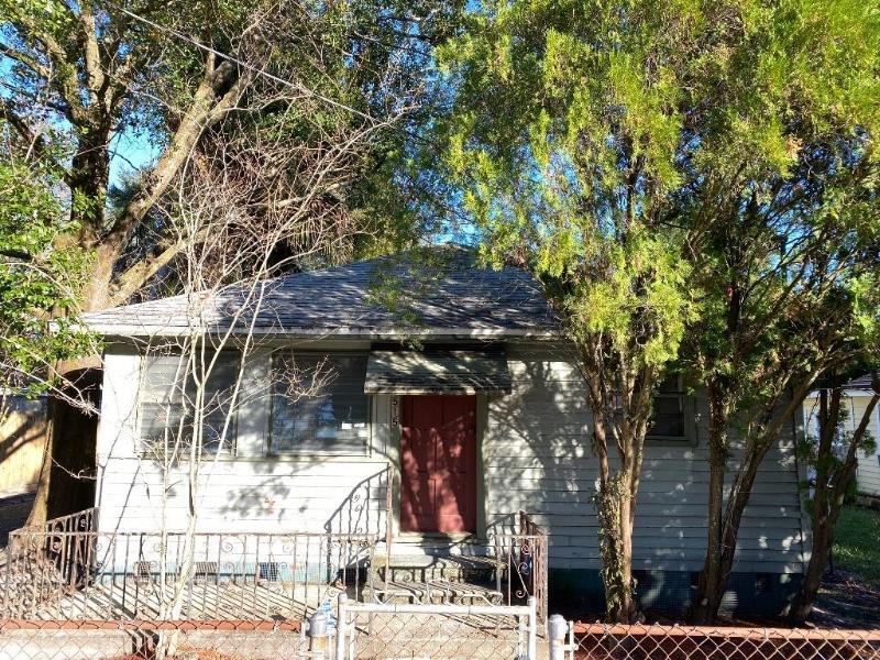 8515 N Hamner Ave, Tampa, Florida