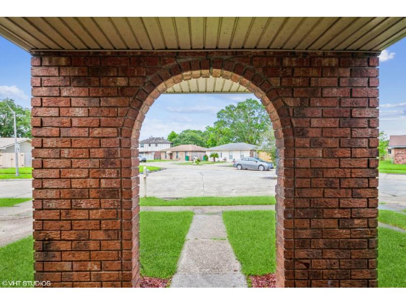 1105 Warren Dr, Harvey, Louisiana
