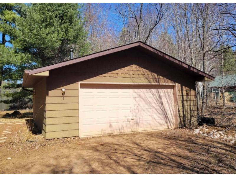 127 Korth Ln, Eagle River, Wisconsin