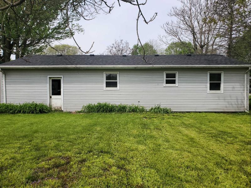 1065 N Jackson St, Andrews, Indiana