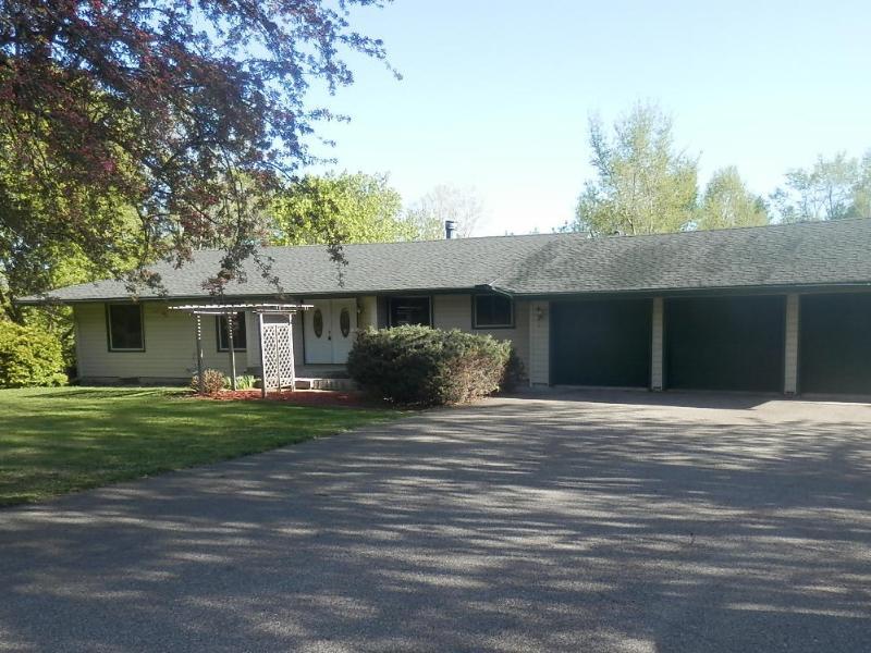 5134 Perkinsville Road, Independence, Minnesota