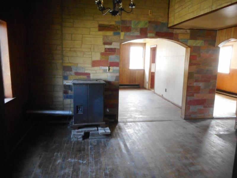76 S Belvidere St, Cochrane, Wisconsin