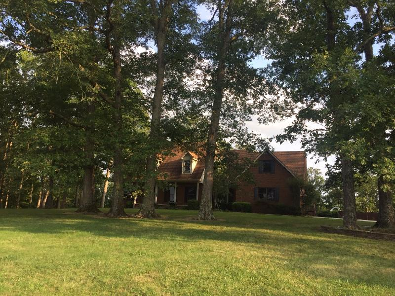 20305 Country Club Dr, Catlettsburg, Kentucky