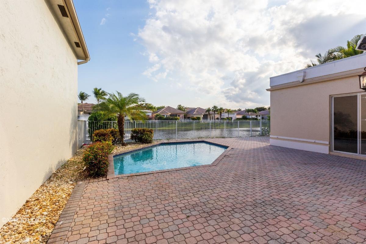 7070 Islegrove Pl, Boca Raton, Florida
