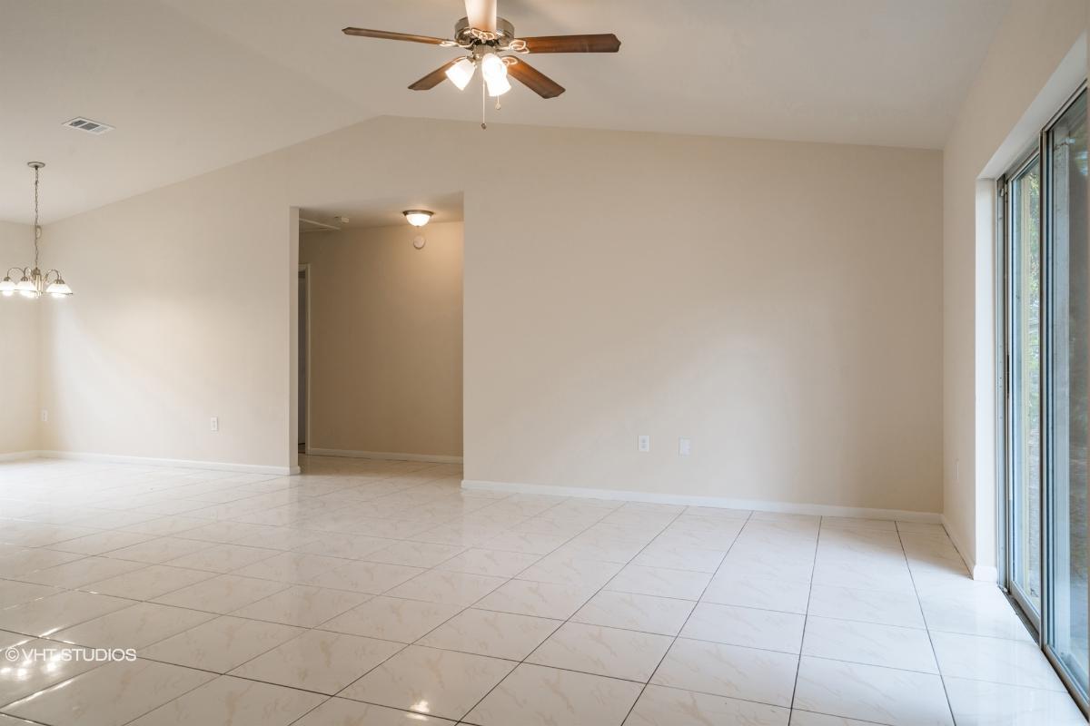2617 E Curtis Street, Tampa, Florida