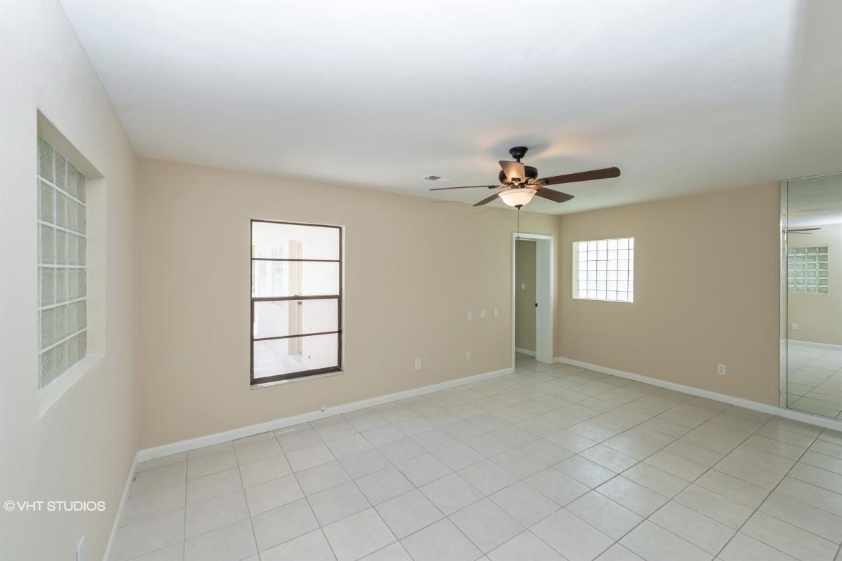 14 Cloverdale Ct S, Palm Coast, Florida