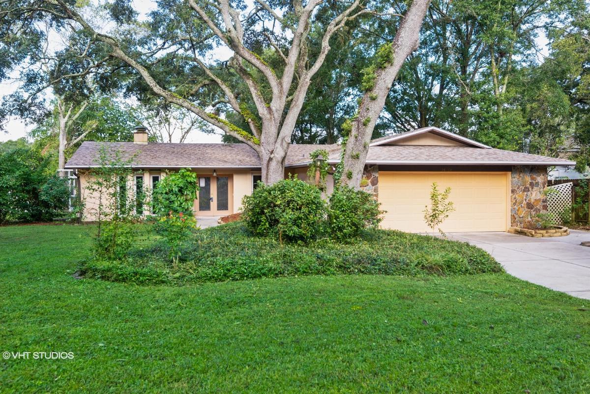 16208 September Dr, Lutz, Florida