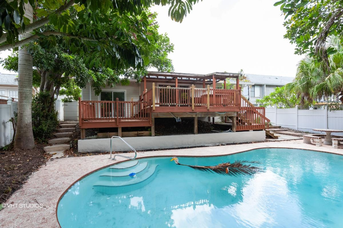 404 Maxwell Place, Indian Rocks Beach, Florida