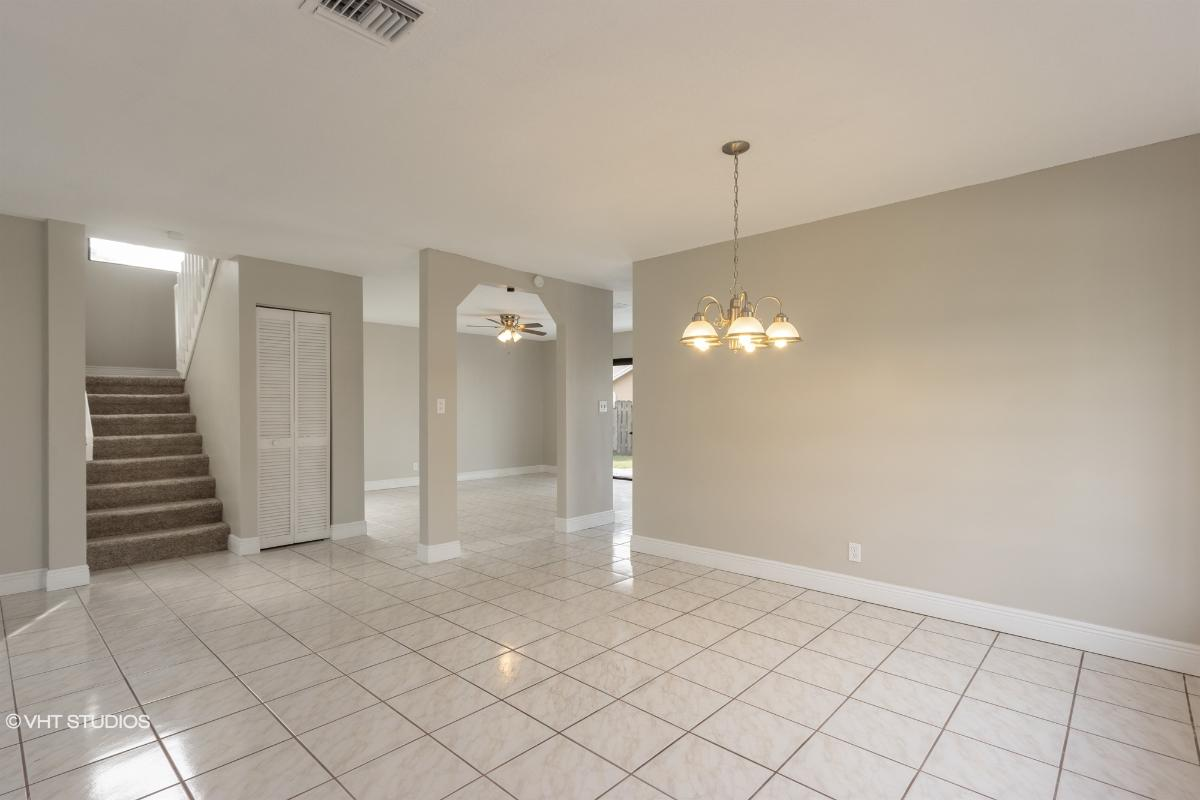 3275 Nw 102nd Ave, Sunrise, Florida