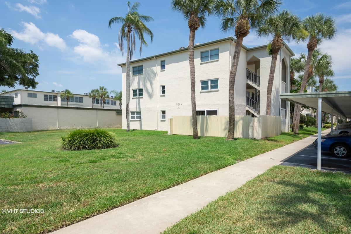 11720 Park Blvd Apt 106, Seminole, Florida
