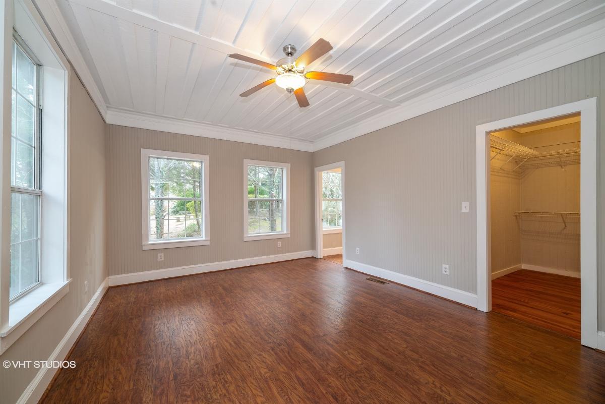 261 White St, Dillard, Georgia