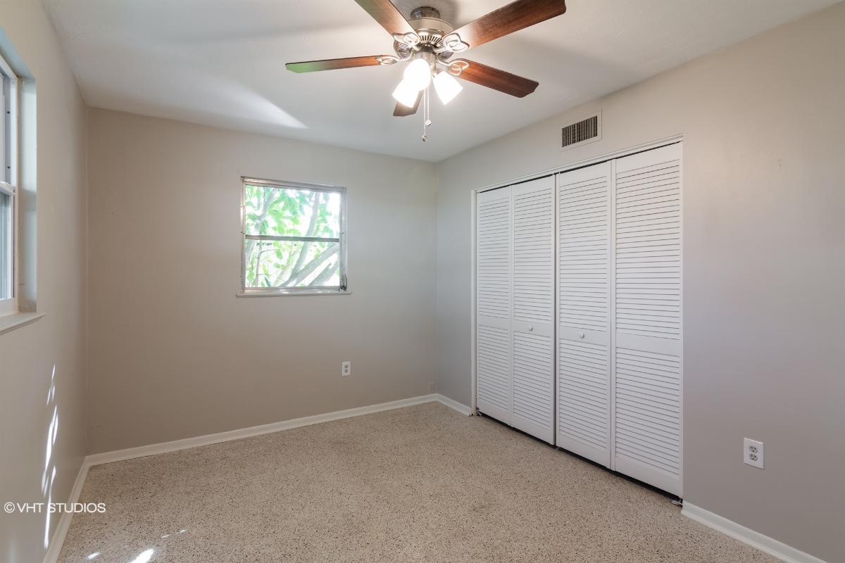 5665 Bronx Ave, Sarasota, Florida