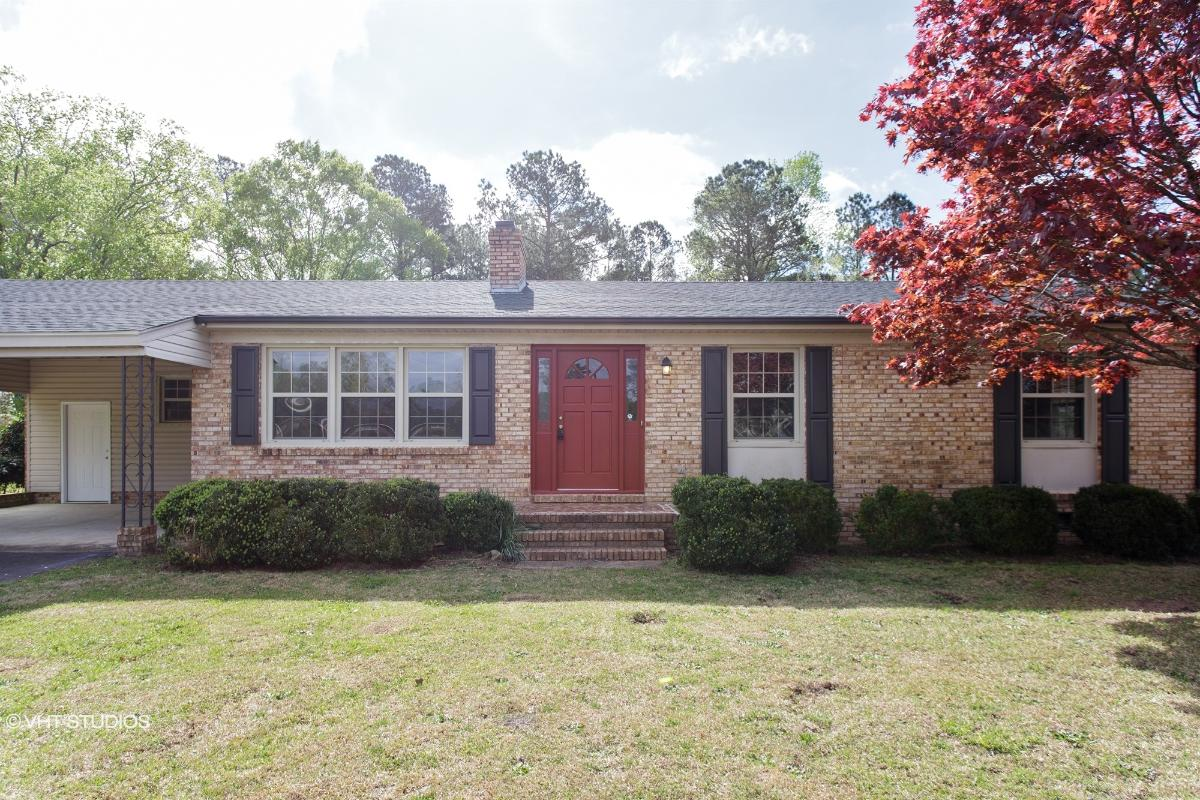 203 Glenwood Drive, Elizabethtown, North Carolina