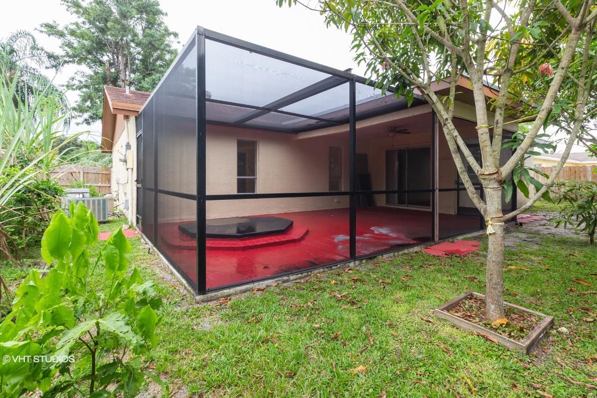 333 Nw 40th Terrace, Deerfield Beach, Florida