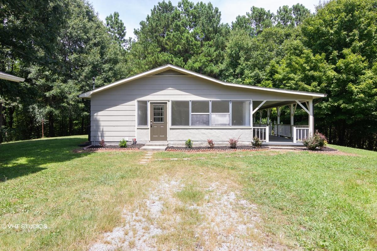 909 County Rd 187, Athens, Tennessee
