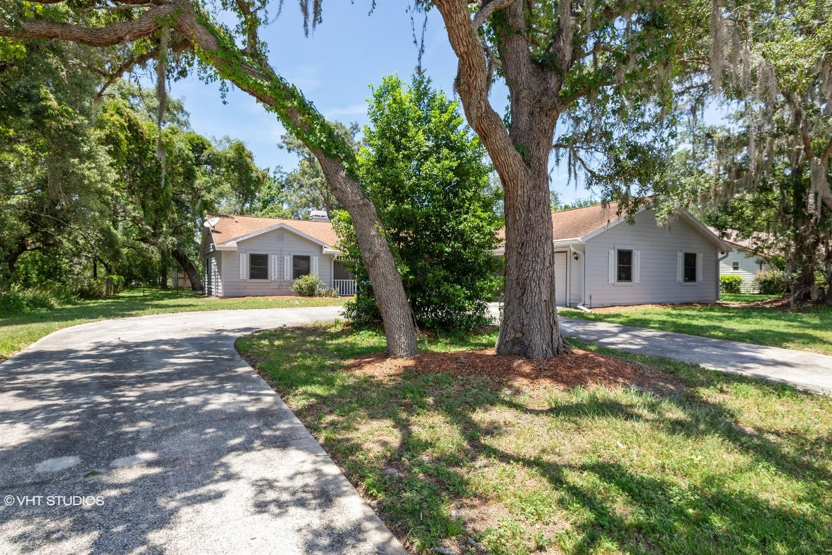 2237 Waterfall Dr, Spring Hill, Florida