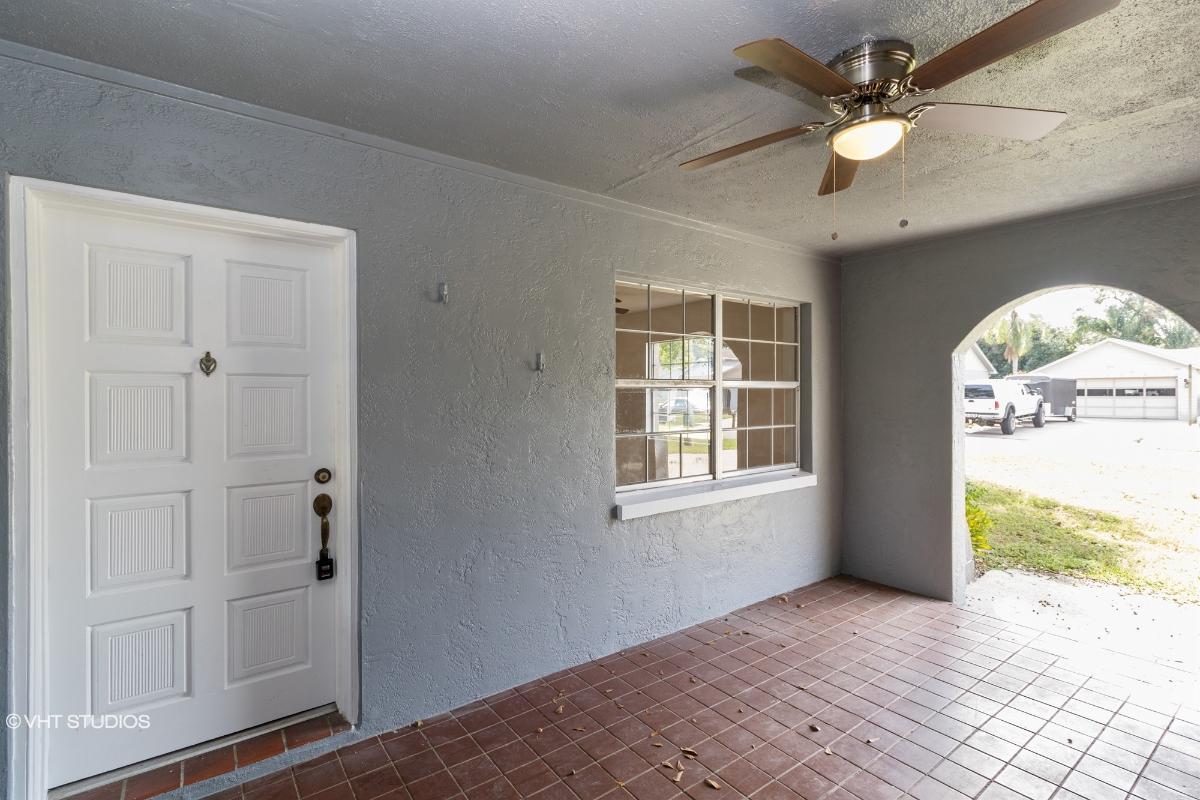 2110 Clifton Dr, Valrico, Florida