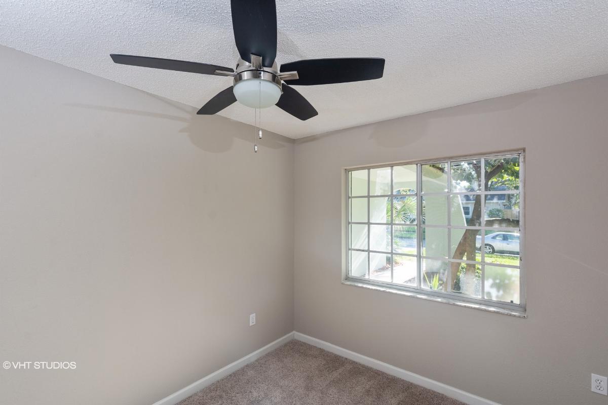 1635 W Orangecrest Ave, Palm Harbor, Florida