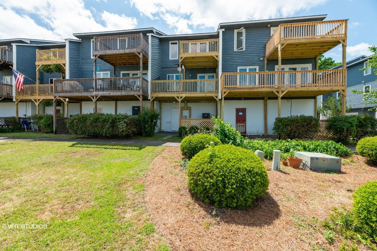 5 Eastern Shore Townhouses, Bridgeton, North Carolina