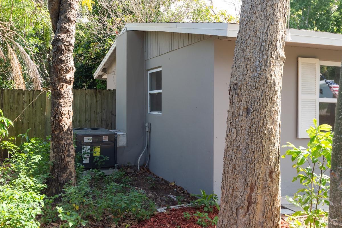 1465 6th St, Vero Beach, Florida