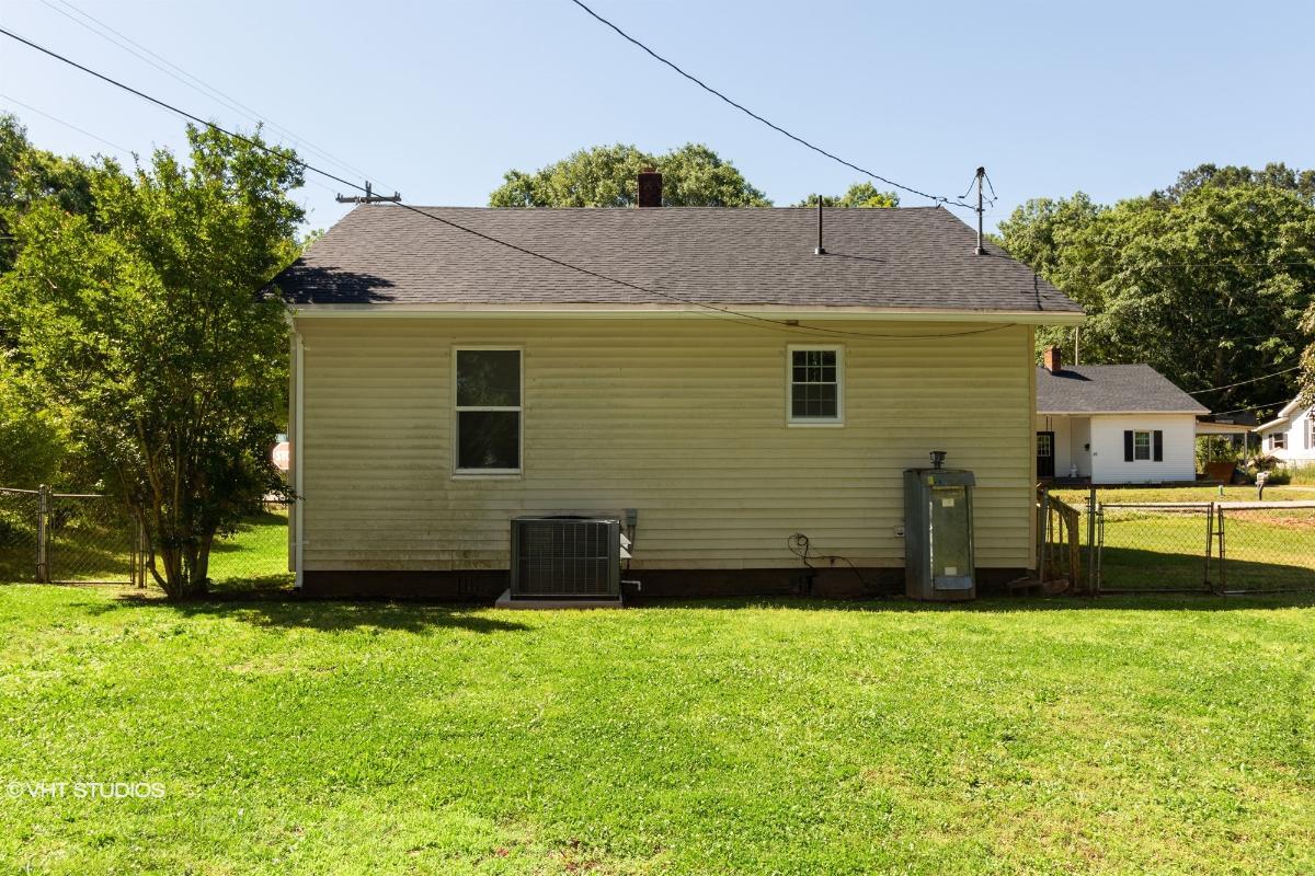 31 Ames St, Seneca, South Carolina
