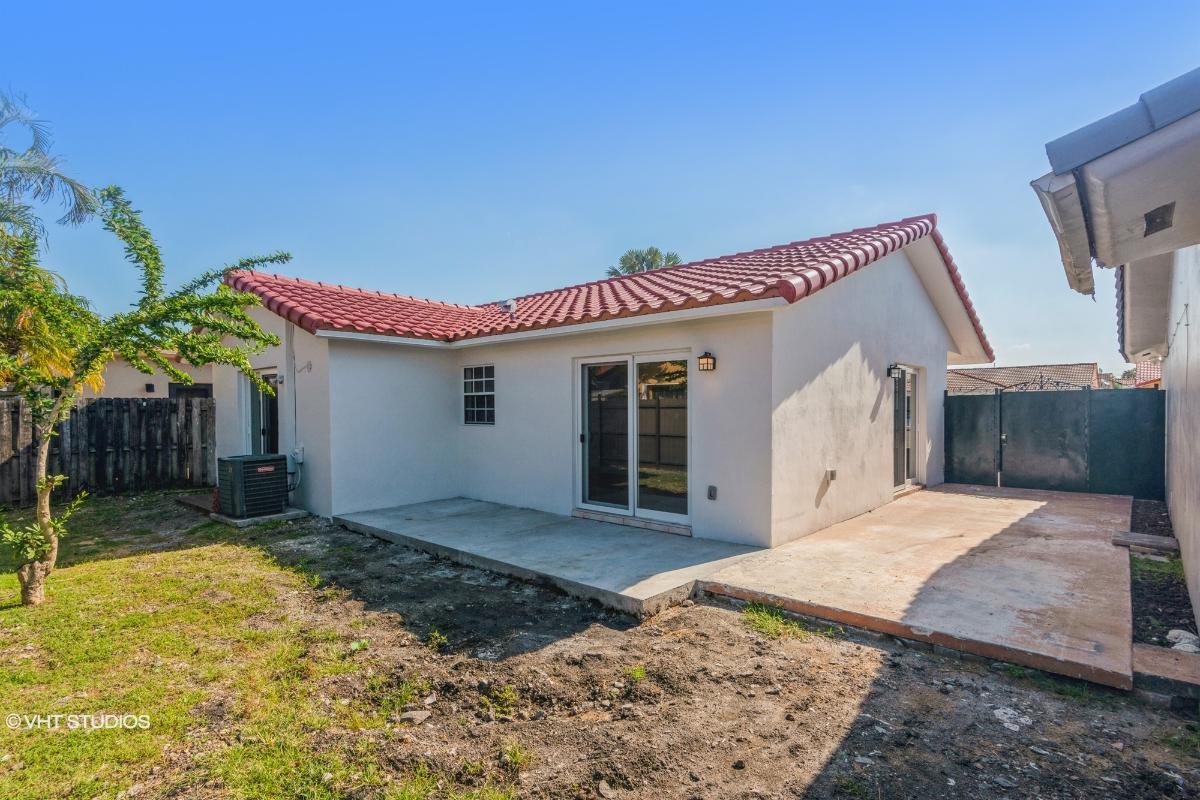 1222 Sw 138th Ct, Miami, Florida
