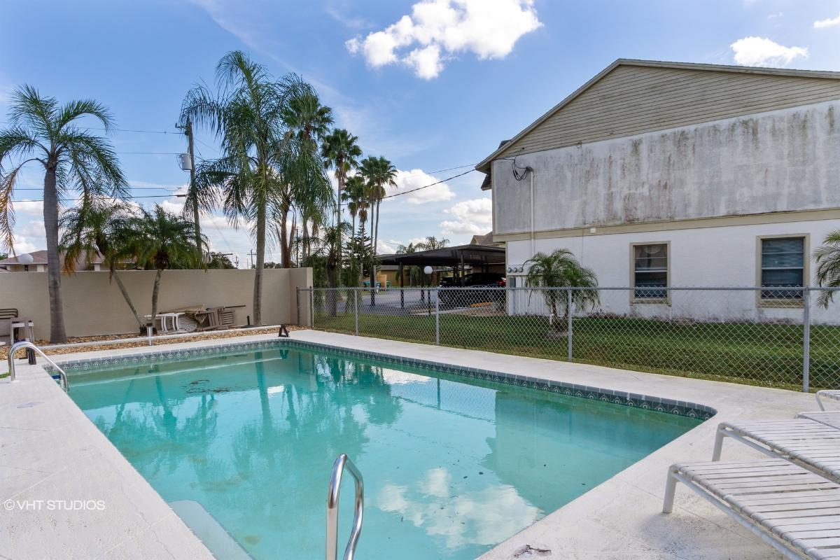 642 Se 13th Pl Apt 1, Cape Coral, Florida