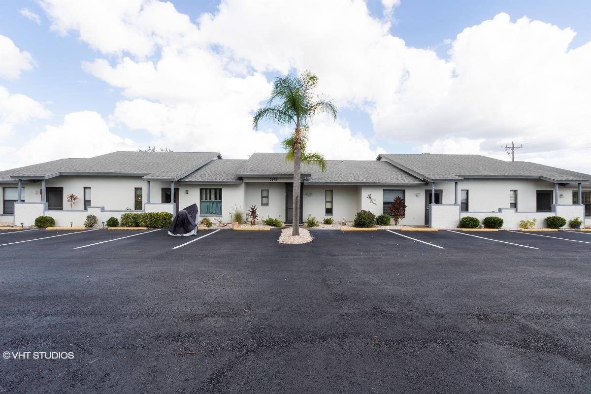 3915 Sw 9th Ave Apt 119, Cape Coral, Florida