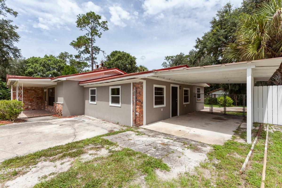 4044 Silver Lake Dr, Palatka, Florida