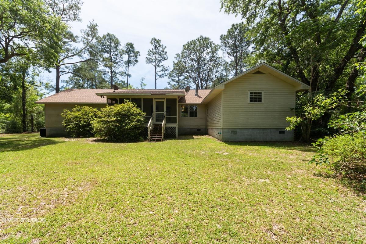 46 Glover Daddy Rd, Crawfordville, Florida